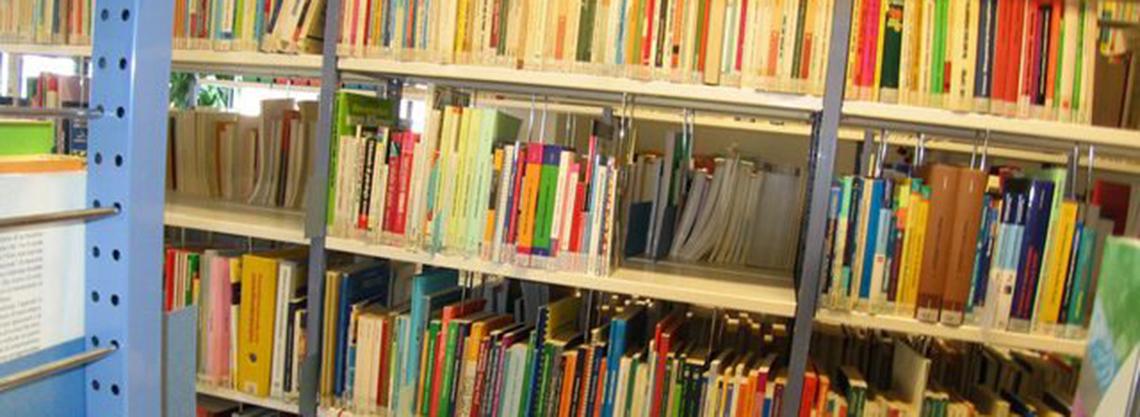 Kulturzentrum - Bibliothek A.I.A.S.